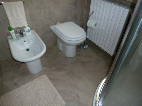 Pavimenti In Resina Per Il Bagno Pictures to pin on Pinterest
