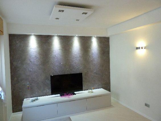 parete in resina materica decorata 3